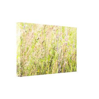 De bloemen van het platteland canvas afdruk