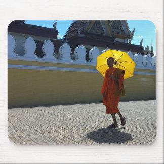 De boeddhistische mat van de monniksmuis muismatten