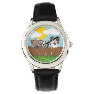 De bofkonten van de illustratie op een houten horloge