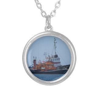 De Boot van de kustwacht en de Boot van de Sleepbo Zilver Vergulden Ketting