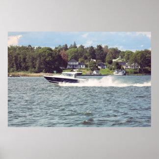 De boot van de snelheid in Stockholm Poster