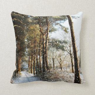 De bos Scène van de Sneeuw Sierkussen