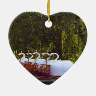 De Boten van de Zwaan van Boston Keramisch Hart Ornament