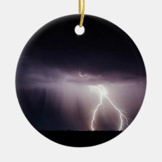 De Bout van de verlichting (Storm) Rond Keramisch Ornament