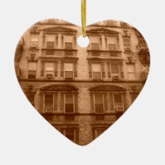 De Bouw van de Stad van New York Keramisch Hart Ornament