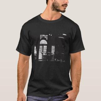 De Bovenkant van de T-shirt van de Vensters van TV