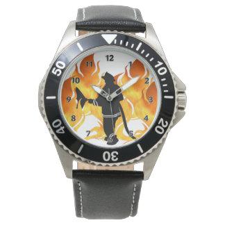 De brandbestrijders voelen de Hitte Horloges