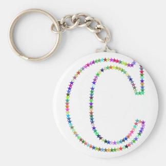 De Brief C van de Ster van de regenboog Basic Ronde Button Sleutelhanger