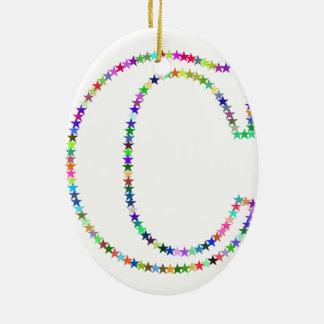 De Brief C van de Ster van de regenboog Keramisch Ovaal Ornament