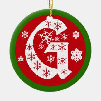 De Brief G van het Monogram van sneeuwvlokken Rond Keramisch Ornament