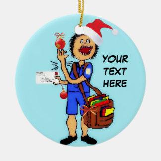 De Brievenbesteller van Kerstmis Rond Keramisch Ornament