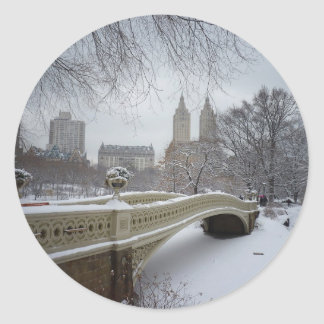 De Brug van de boog in de Winter, Central Park, de Ronde Stickers