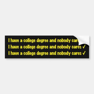 de bumpersticker van de universiteitsgraad