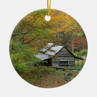 De Cabine Ains Tennessee van de Hoeve van het park Rond Keramisch Ornament