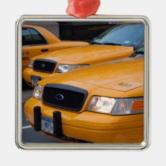 De Cabines van de Taxi van New York Zilverkleurig Vierkant Ornament