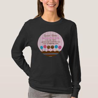 De cake knalt de T-shirt van de Bakkerij