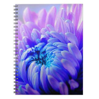 De chrysant barstte Notitieboekje Notitieboek
