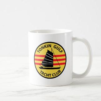 De Club van het Jacht van de Golf van Tonkin Koffiemok