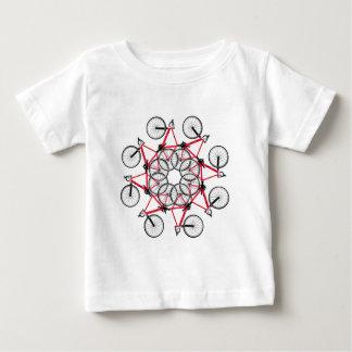 De cyclus van de fiets baby t shirts