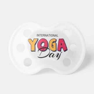De Dag van de Yoga van de wereld - de Dag van de Fopspeentje