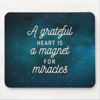 De dankbare Magneet van het Hart voor Mirakelen | Muismatten