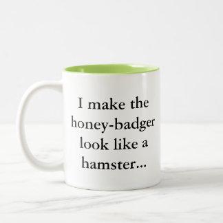 De Das van de honing is een Hamster… Sassy Humor Tweekleurige Koffiemok