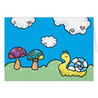 De de gele slak en paddestoelen van de cartoon wenskaart