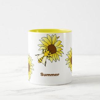 De de werktijdZomer van bijen & van zonnebloemen Tweekleurige Koffiemok