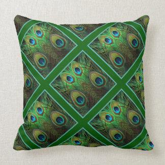 De decoratieve Groene Pauw bevedert het Kussen van