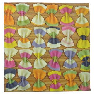 De deegwarenpatroon van de regenboog katoenen servet