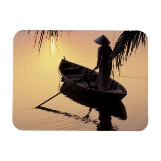 De Delta van Azië, Vietnam, Mekong, kan Tho. Avond Magneet