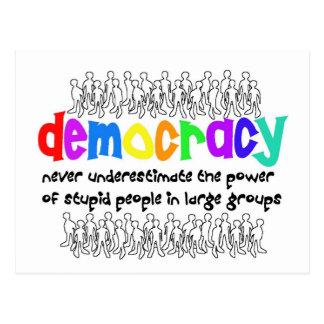 De democratie, wie vergt het? briefkaart