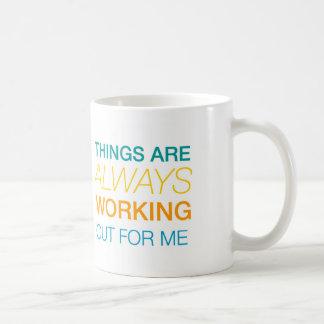 De dingen werken altijd voor me uit koffiemok
