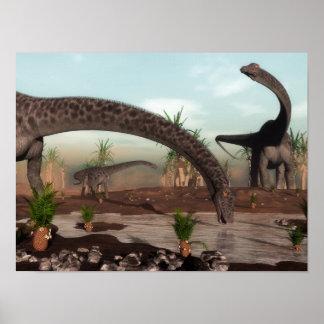 De dinosaurussenkudde die van Diplodocus gaat Poster