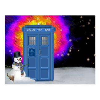 de doos van de de winterpolitie met sneeuwman briefkaart