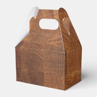 De doos van de gunst met houten patroontextuur bedankdoosje