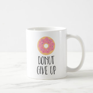 De doughnut geeft op koffiemok