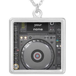 De draaischijfketting van DJ Zilver Vergulden Ketting