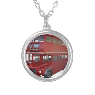 De dubbele Rode Bus van het Dek vooraan Profiel Zilver Vergulden Ketting