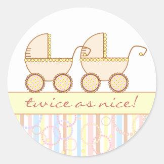 De dubbele TweelingMeisjes van het Vervoer Ronde Sticker