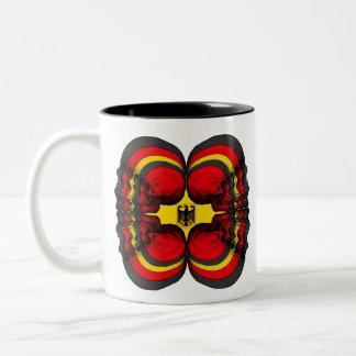 De Duitse Vlag van de Wereld van de schedel Tweekleurige Koffiemok