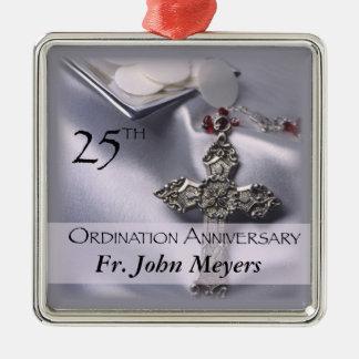 de DwarsGastheer van het 25ste Jubileum van de Zilverkleurig Vierkant Ornament