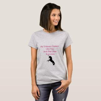 De eenhoorn houdt van t shirt