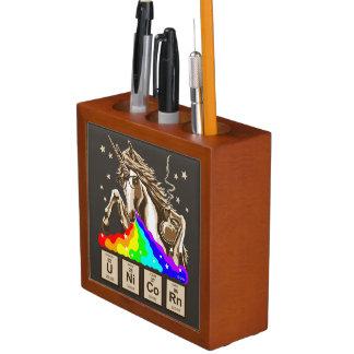 De eenhoorn van de chemie geeft regenboog over pennenhouder