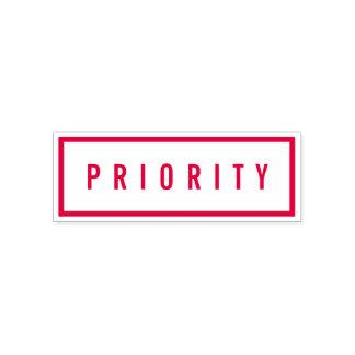 De eenvoudige Gewaagde Rode Prioriteit van de Zelfinktende Stempel