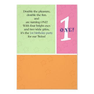 De Eerste Verjaardag van tweelingen 12,7x17,8 Uitnodiging Kaart