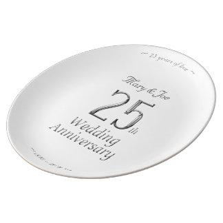 de Elegante Zilveren Typografie van het 25ste Porselein Bord