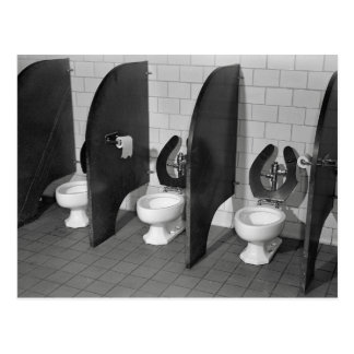 De Faciliteiten van het toilet, 1943 Briefkaart