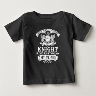 De Familie van de ridder Baby T Shirts