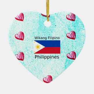 De Filipijnse Taal van Wikang en de Vlag van Keramisch Hart Ornament